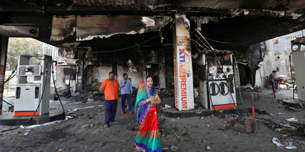 'Do Mullo Ko Maara Bhai Ne' Vs 'Maintain Peace': A Tale of Delhi Riots and Two WhatsApp Groups