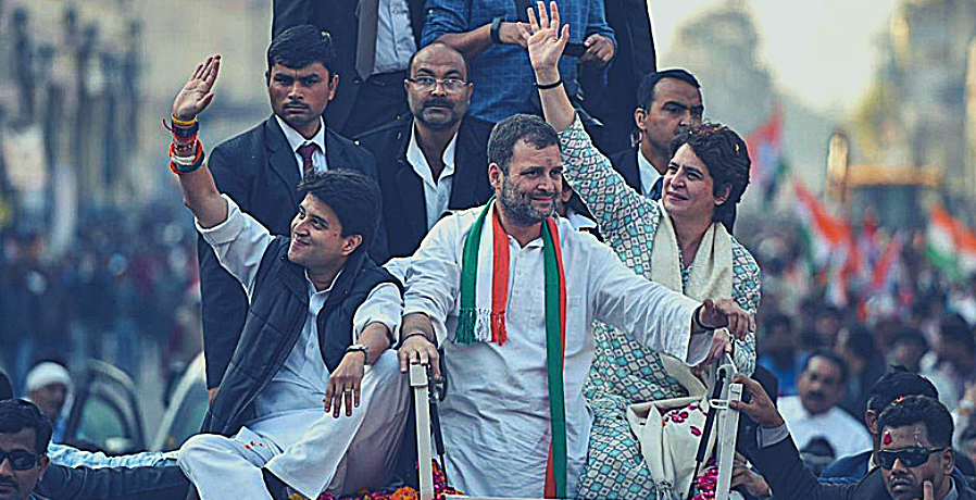 Congress Should Welcome the Scindia Treachery, Work for the Gandhis' Exit