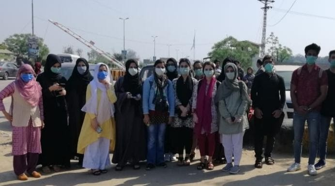 Coronavirus: Colleges Shut, Kashmiri Students in Pak Denied Permission to Cross Wagah