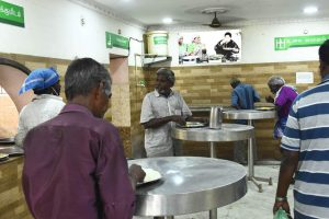 In Lockdown, Tamil Nadu's Amma Canteens Rise to the Occasion