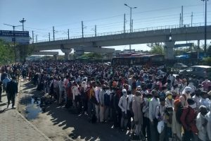 Ground Report: Chaos at Anand Vihar as Buses Prepare to Take Migrant Workers Home