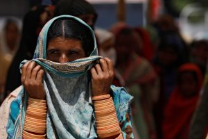 Pakistani Doctors Urge Govt to Reimpose Mosque Restrictions