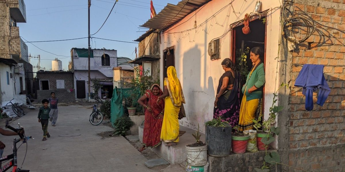 In Indore, Farmers and Their Tube-Wells to the Rescue of Water-Starved City Slums
