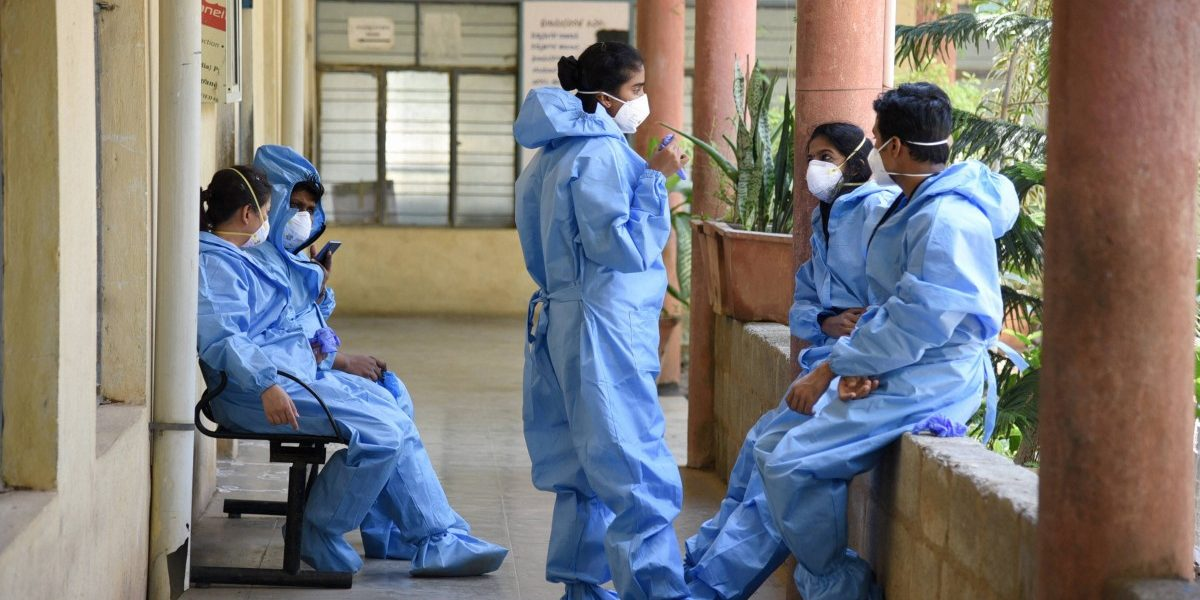 COVID-19: At Delhi Hospital Where Nurse Died, Others Say They Were Made to Reuse PPE