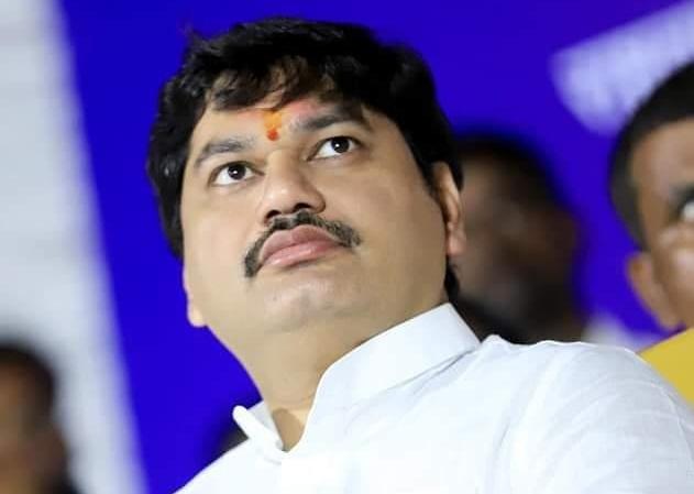 Woman Accuses Maharashtra Minister Dhananjay Munde of Rape
