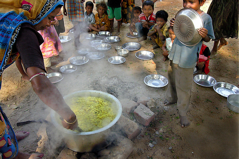 Amidst Lockdown, 1 Out of Every 5 Kids in Uttarakhand Didn't Get Food Grains Under Mid-Day Meal
