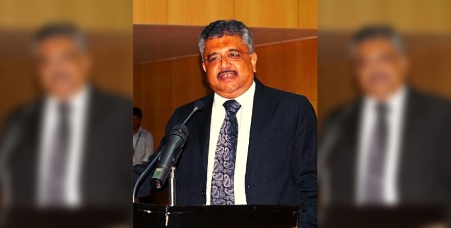 SG Tushar Mehta's 'Vulture' Story in Supreme Court Was a (False) WhatsApp Forward