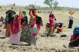 Can MGNREGA Be Reshaped and Reoriented to Help India's Farmers?