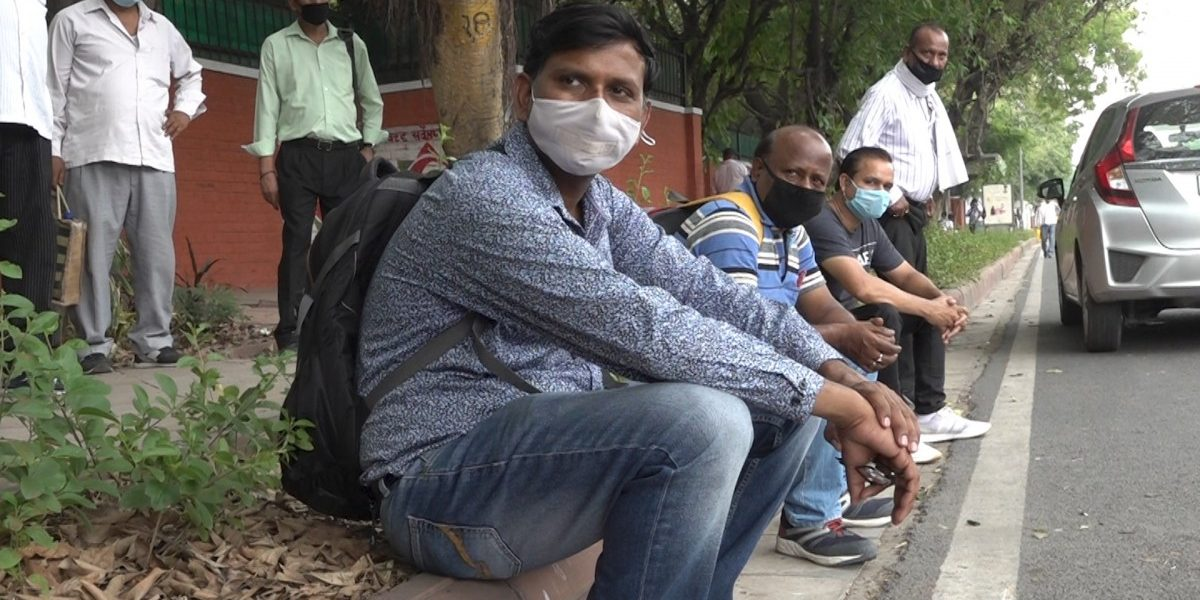 Watch | Delhi Golf Club Employees Protest After Management Fires 66 Employees