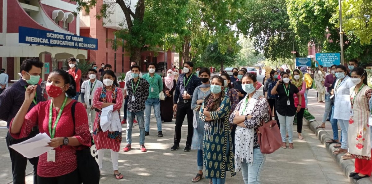 Delhi: 84 Nurses of City Hospital Say They Were Fired For Demanding Adherence to COVID Protocol