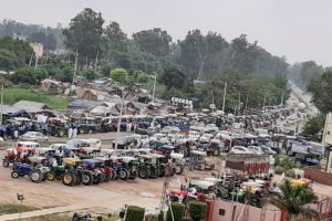 Farmers in Punjab, Haryana Take Out Tractors to Protest Against Agriculture Ordinances