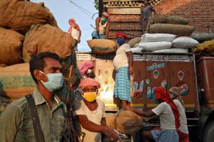 India Economic Revival Worst in Asia, GDP Growth to Lose Pace in Q3, Says Oxford Economics