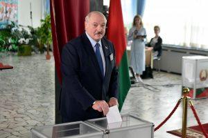 Belarus: Opposition Party Rejects Alexander Lukashenko's Landslide Win