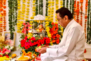 After a Career as CEO, Kamal Nath Finally Decides to Become a Politician