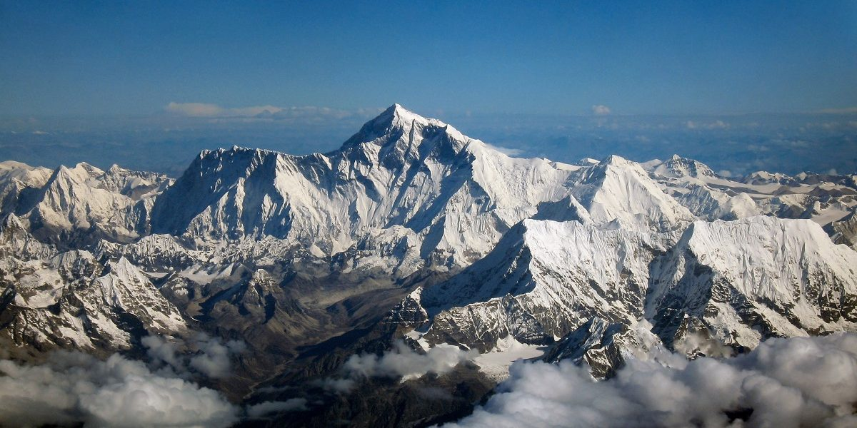 China's Draft Pact for Everest Height Announcement With Nepal Raises Eyebrows in India