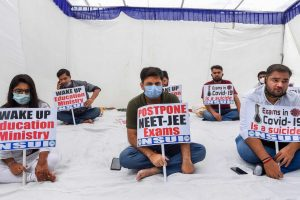 As Dates Come Closer, Students Continue Protests Against NEET-JEE During Pandemic