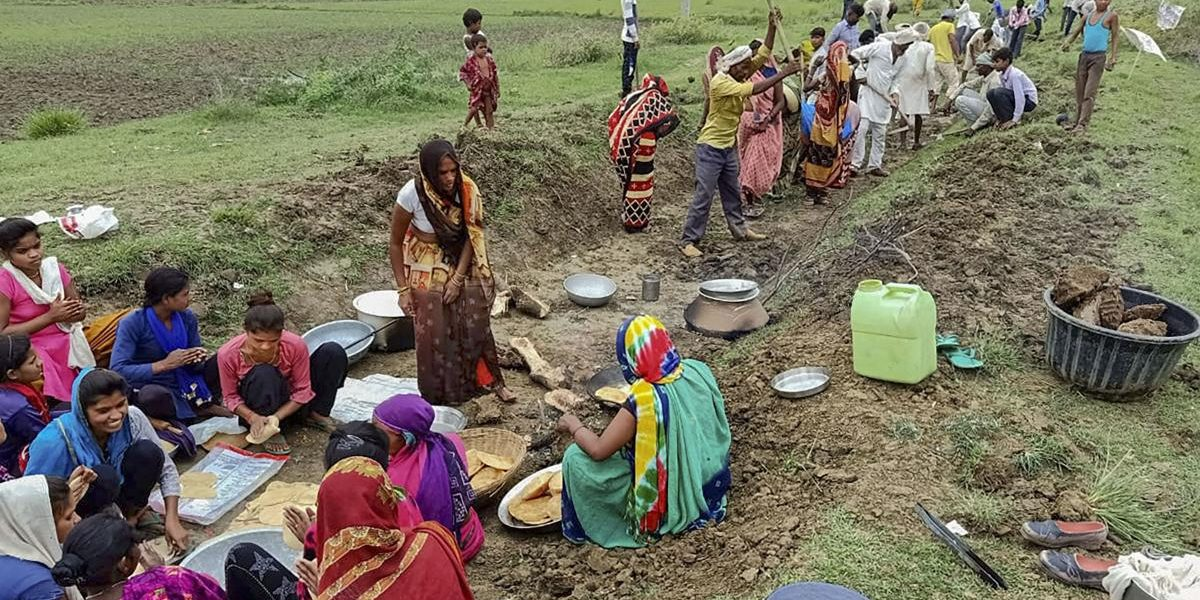 Lockdown Woes: How Successful Have the Centre's Efforts to Boost NREGA Been?