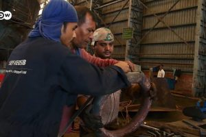 Watch | How Shipyards in Bangladesh and Belgium Are Ensuring Hazard-Free Working Conditions
