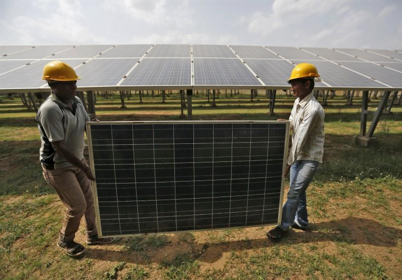 No Guaranteed Customers for Adani's $6 Billion Indian Solar Project – The Wire Science