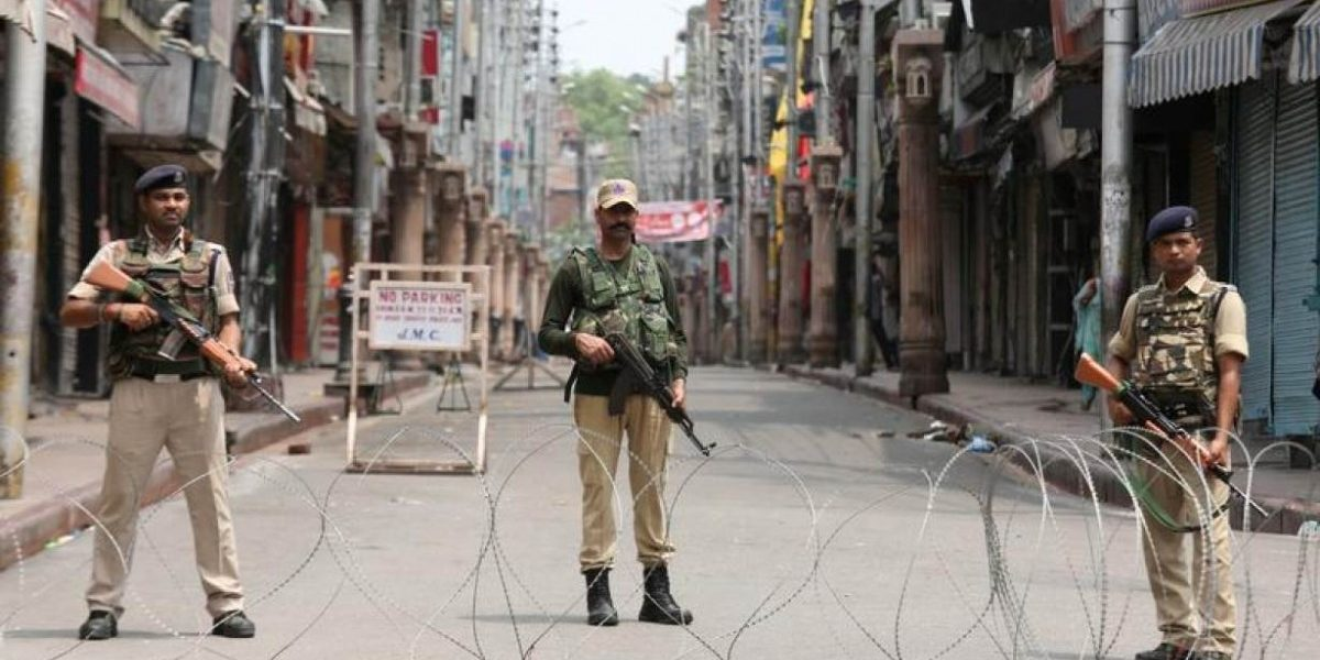 Withdraw 'Draconian' J&K Advisory Barring Journalists from Encounter Sites: Editors Guild