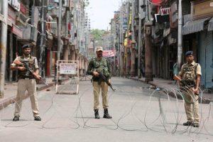 Kashmir Journalists Confused, Worried by Police Warning Against Covering Gunbattles