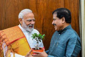 Union MoS for Railways Suresh Angadi Dies Due to COVID-19
