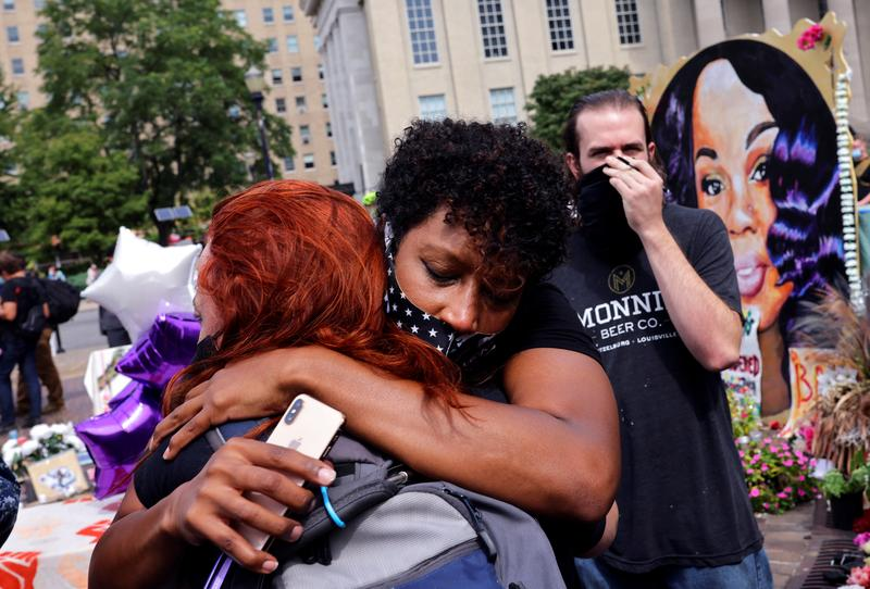 Protests in US After Decision of No Charges Against Cops Who Killed Breonna Taylor