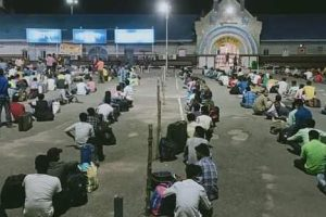 'We Have Been Sitting Idle': Without Work, Migrants From Odisha Return to Surat Mills