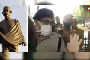 Watch: UP Govt Didn't Allow People to Pay Tribute to Gandhi on His Birth Anniversary