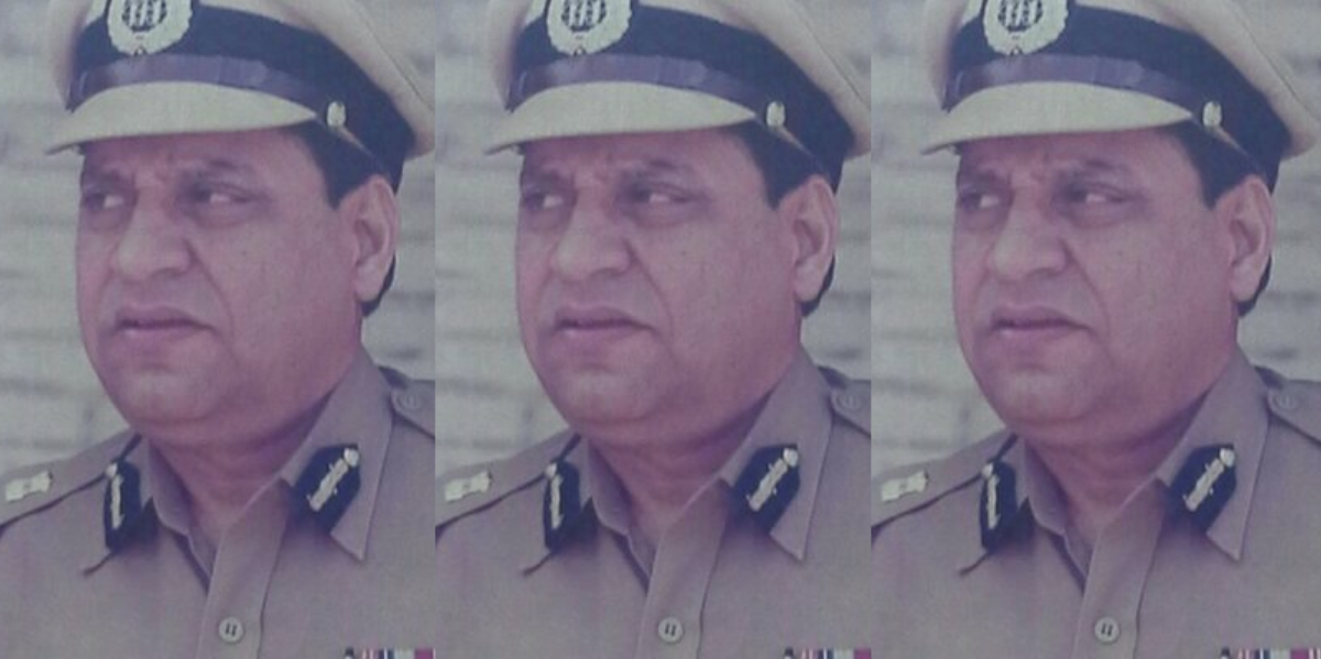 Controversial Top Cop R.D. Tyagi's Death Invokes Memories of Bombay Riots