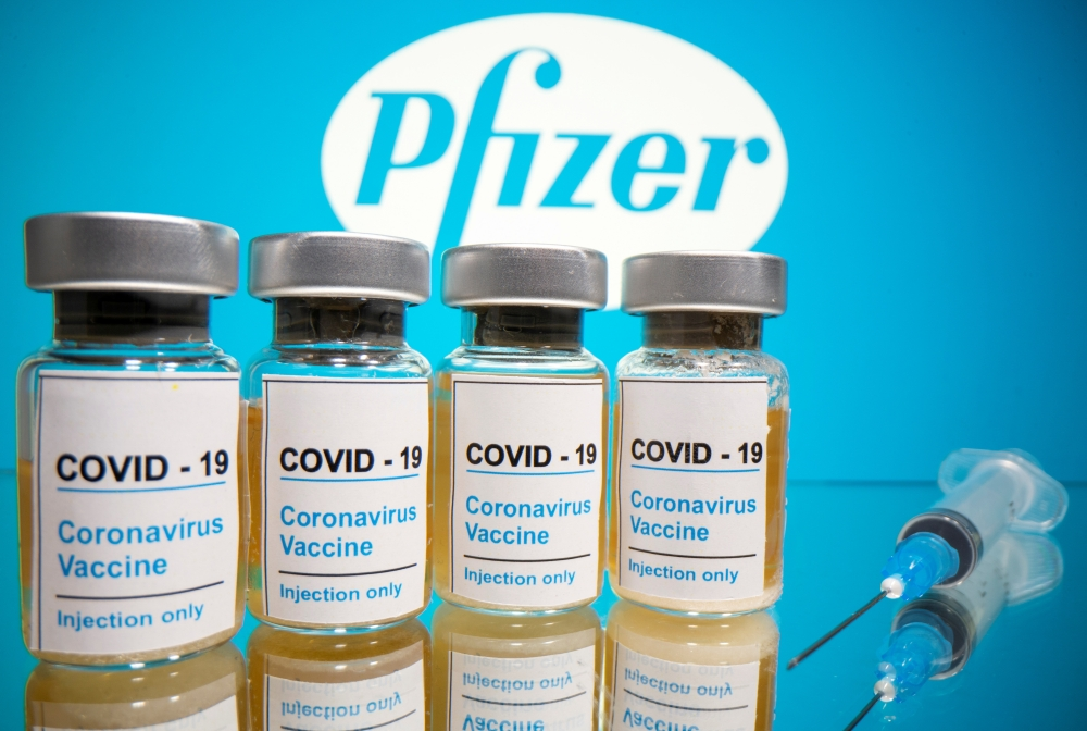 Pfizer says COVID-19 vaccine is looking 90% effective