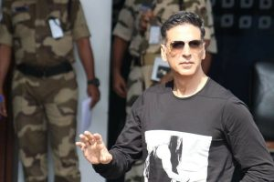 Akshay Kumar Serves Defamation Notice to YouTuber, Seeks Rs 500 Crore