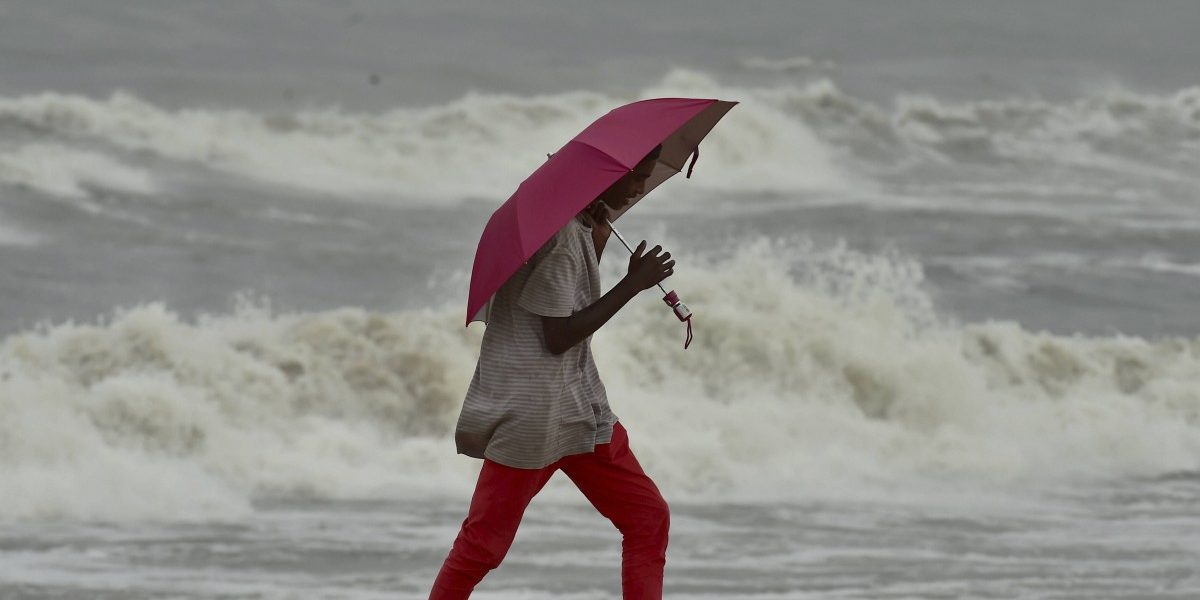 Nivar Expected to Intensify into 'Very Severe Cyclonic Storm'; 1,200 NDRF Teams Deployed