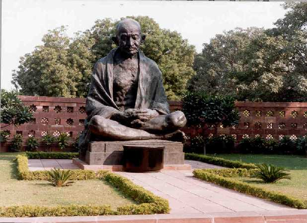 Iconic Gandhi Statue at Parliament House to Be Moved During Construction of New Building