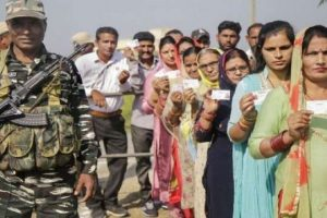 Jammu and Kashmir: Seven Members of a Family Are Contesting the DDC Polls in Budgam