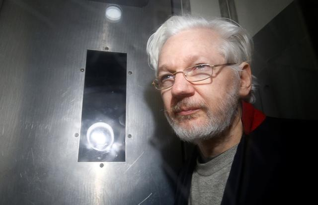 UK Judge Rules Wikileaks' Julian Assange Should Not Be Extradited to the US