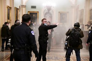 US Capitol Police Officer Dies of Injuries From Riot by Trump Supporters