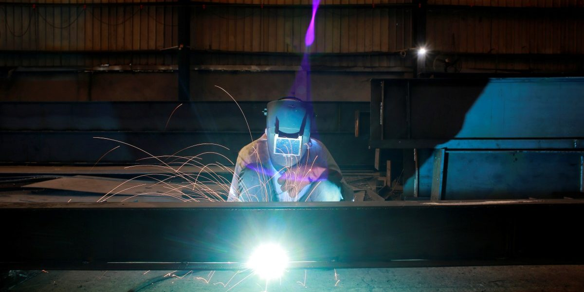 India's November Industrial Output Sees 1.9% Contraction