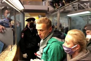 Russian Police Detain Kremlin Critic Alexei Navalny on Arrival at Airport