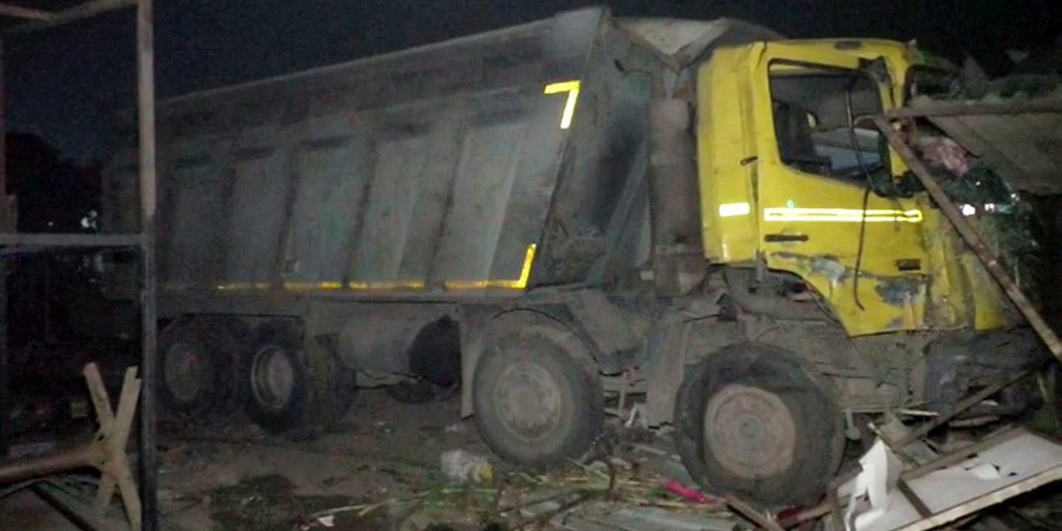 Surat: Truck Kills 15 Migrant Workers Who Were Sleeping on a Footpath