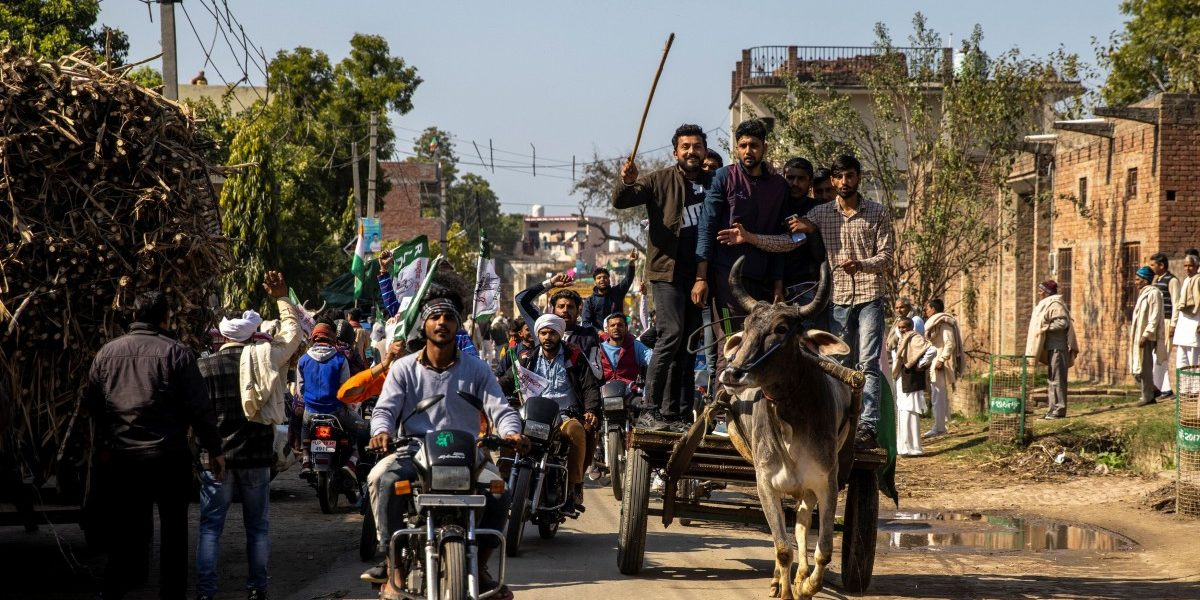 As a Desperate Government Hides Behind 'Toolkit' Hysteria, the Farmers' Movement is Intensifying