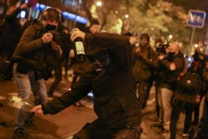 Spain: Protesters Clash With Police as Demonstrations Continue Over Jailed Rapper