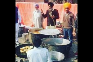 Waiting for Lovepreet, the Young Man Who Likes to Feed People