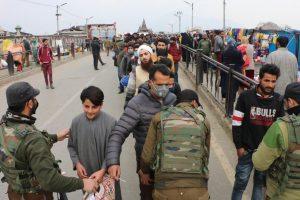 In 'Naya Kashmir', 'Stop and Frisk' Action Brings Back Memories of Old Times