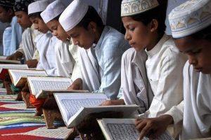 UP: Madrasas Protest Move to Make Teaching of Bhagavad Gita, Ramayana Mandatory