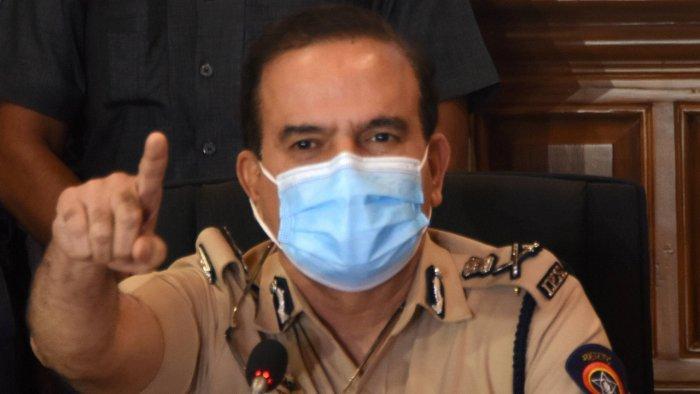 'Why No Police Complaint Against Anil Deshmukh?': Bombay HC Asks Param Bir Singh