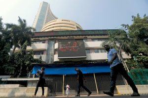 Sensex Nosedives in Morning Trading as COVID Case Count Threatens Economic Recovery