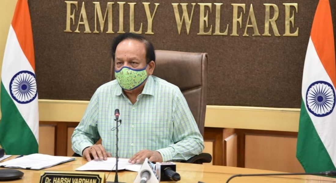 In 'Response' to Manmohan's Letter on COVID-19 Crisis, Vardhan Attacks Congress