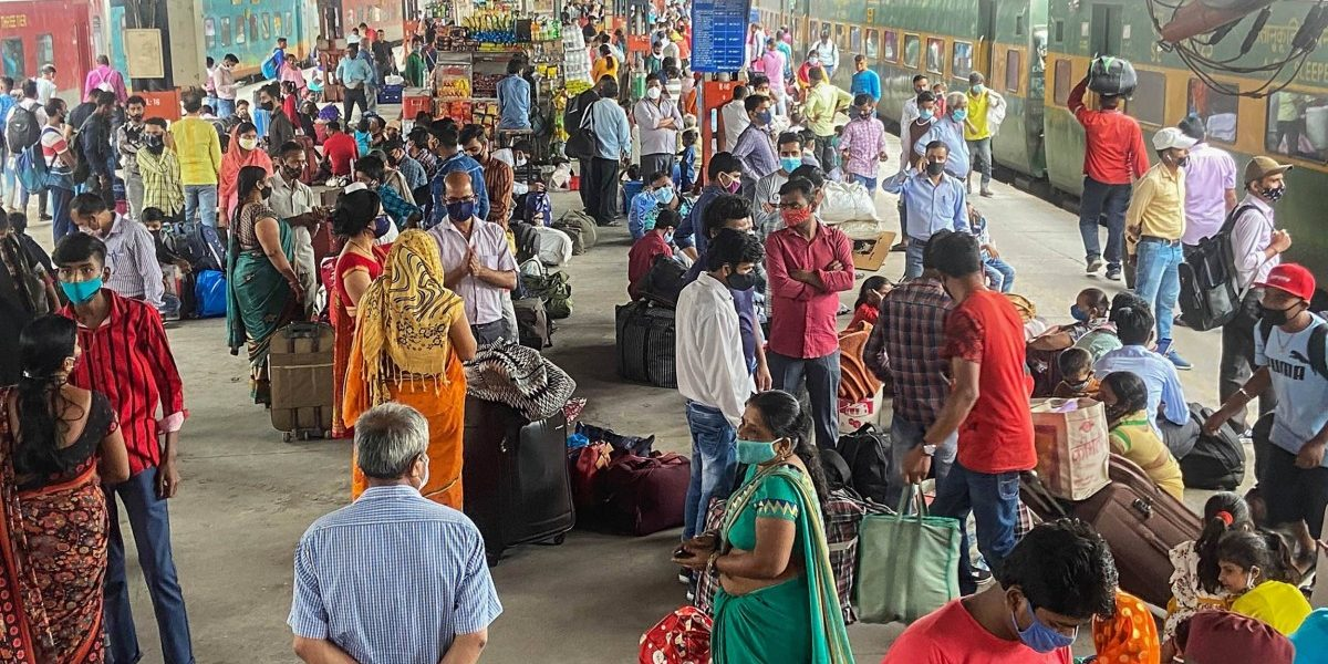 Over 8 Lakh Migrant Workers Left Delhi in First Four Weeks of Lockdown