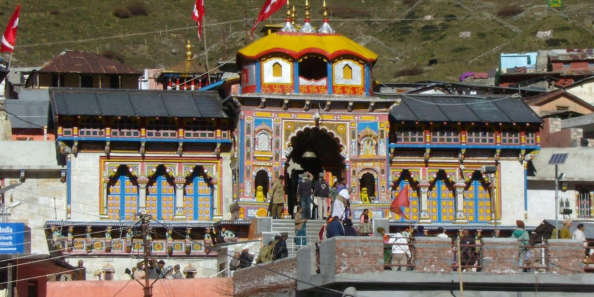 BJP Walks a Tightrope on Char Dham Issue as Congress, AAP Assure Dissolution of Devasthanam Board